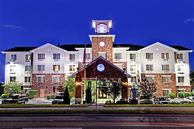 Best Western Plus Gateway Inn & Suites, Aurora, CO 800 S. Abilene St. Aurora, CO 80012 720-748-4800